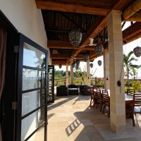 The terrace of the holiday villa in Bali is a lovely place to have breakfast, lunch or dinner.