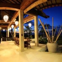 Enjoy the nightfall on the terrace in Bali.