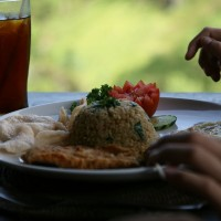 In Bali you can eet delicious food.