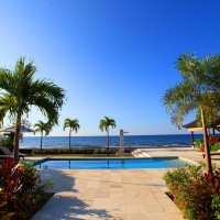 From the pool of our holiday villa in Bali you have a beautiful view of the sea.