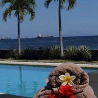 Every day there are towels ready at the pool of our holiday villa in Bali.